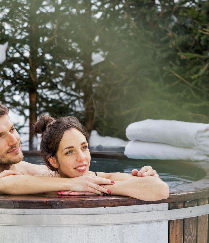 Pärchen im Hot Tub