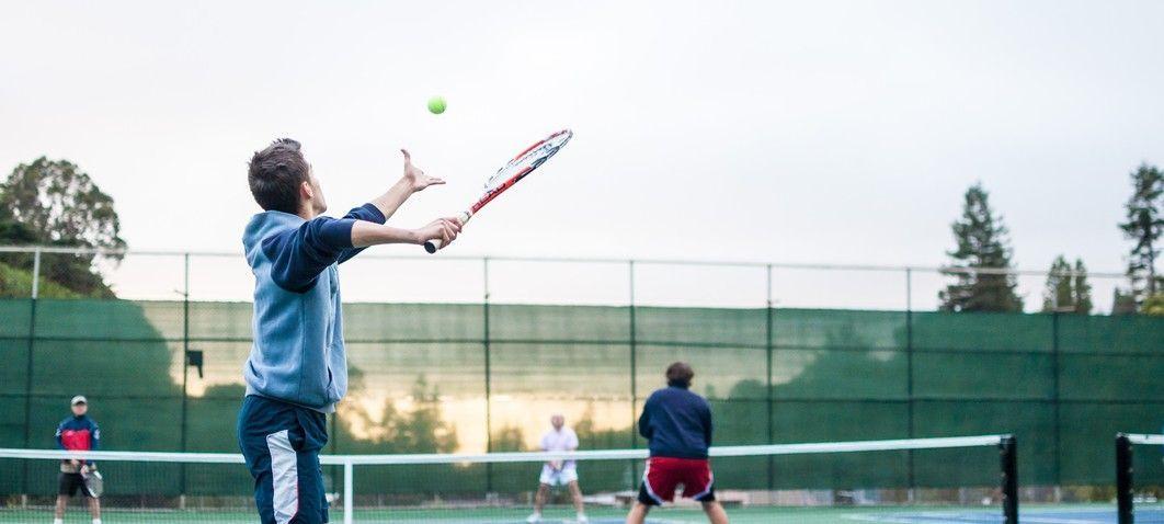 Tennis spielen im Lammertal
